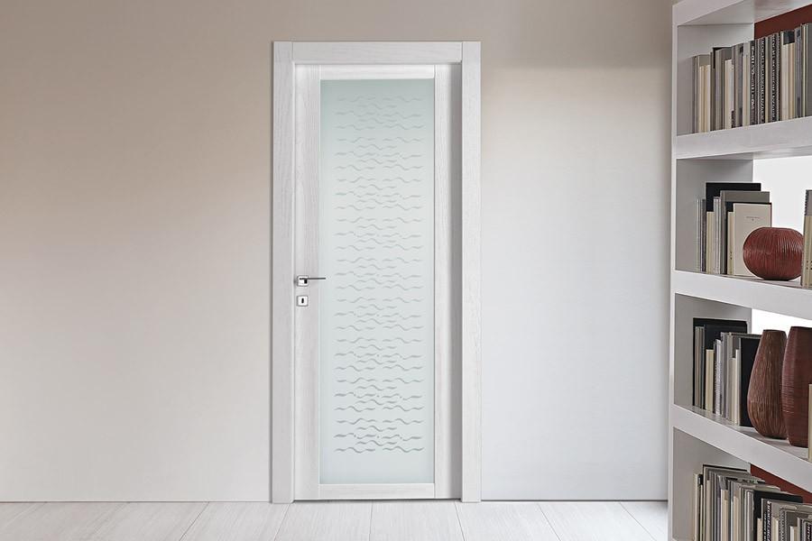 Legno Bianco Frassinato : Porta in legno vetrata serie panix vetro frassinato bianco modello